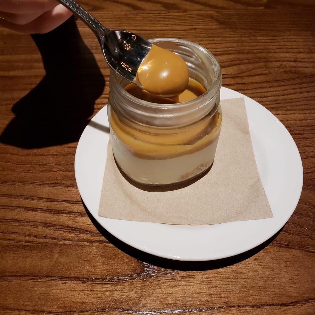 Caramel cheesecake in a mason jar