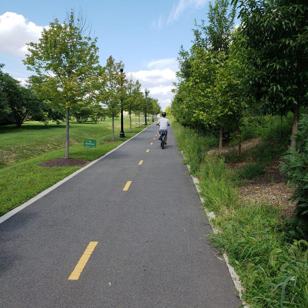 Potomac Yard Trail and greenery